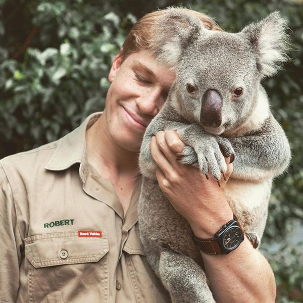 "17-Year-Old Robert Irwin Looks Just Like His Late Dad, the Legendary ""Crocodile Hunter"""