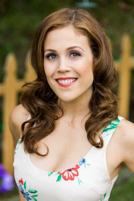 Erin krakow dating