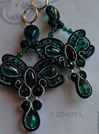 Купить Серьги Изумрудные бантики в серебре - тёмно-зелёный, изумрудный, изумруд, сутажные украшения, падарок