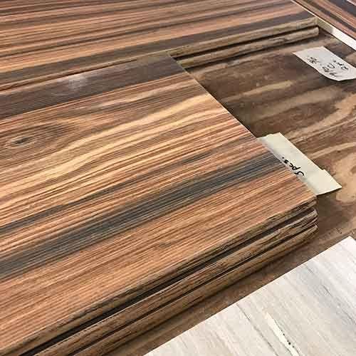 Image Of Wood Look Glaze On Bullnose Edge Of Wood Look Plank Tile