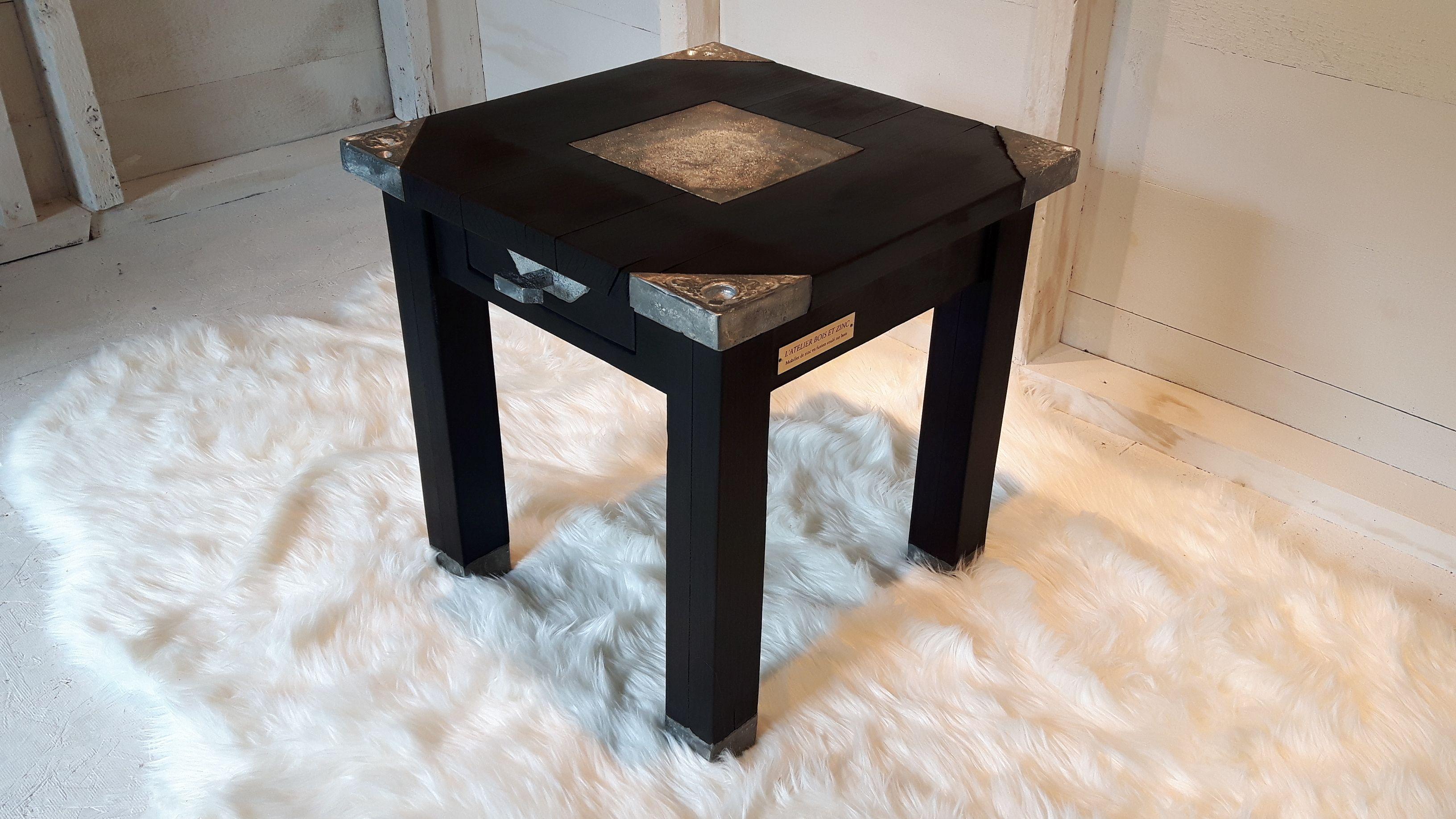 Table A Cafe La Nebuleuse Table En Erable Faite A La Main Avec