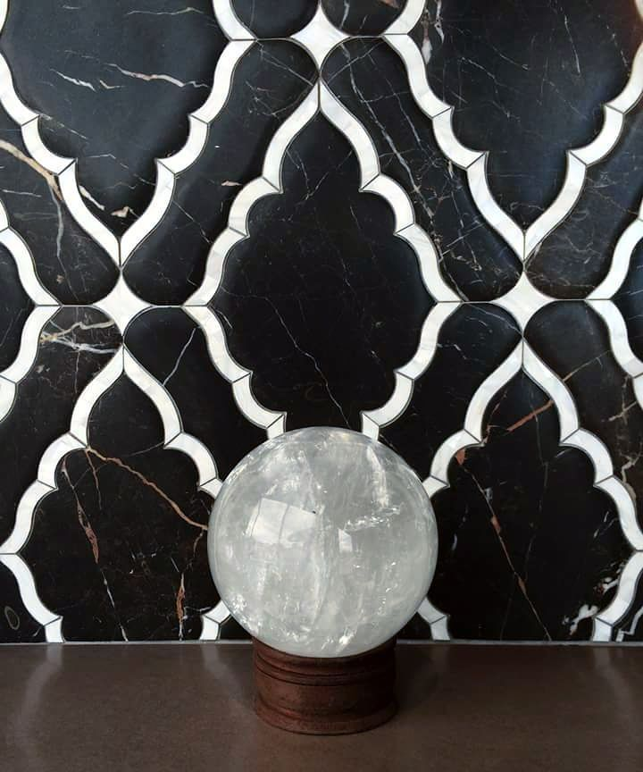 We looked into our crystal ball and found this bewitching mosaic the Josephine by @newravenna  #WaterjetWednesday #UniqueStoneImports #Newravenna #josephinemosaic by uniquestoneimports