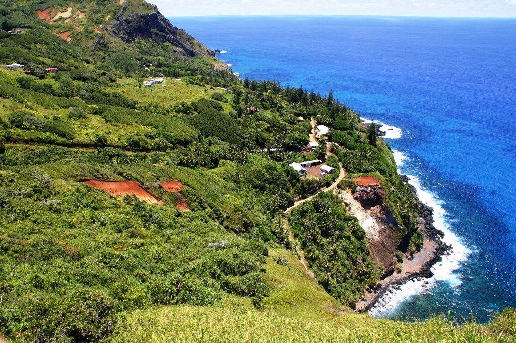 Adamstown Pitcairn ZAPRASZAMY Wwwbitpl Travel Pinterest - Pitcairn island one beautiful places earth