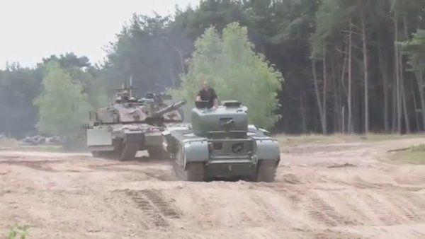 炬燵の中身さんはTwitterを使っています。チャーチル歩兵戦車 走行シーン( ⁼̴̶̤̀ω⁼̴̶̤́ ) https://t.co/dSDYAsqSNv