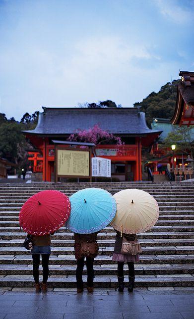 Fushimi Inari taisha sanctuary - Kyoto, Japan by Alex_Saurel, via Flickr