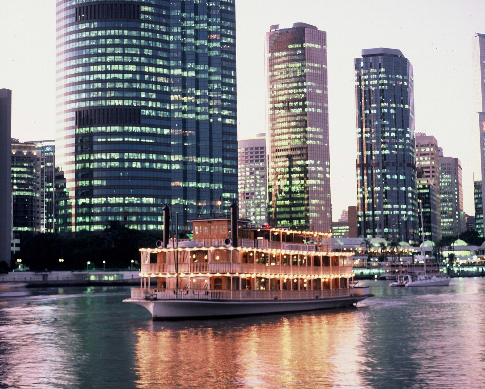 Beautiful City Lights! Kookaburra Showboat Cruises Shinning Bright Down The  Brisbane River! Visit The Website Now To See All The Possibilities You Can  Do ...