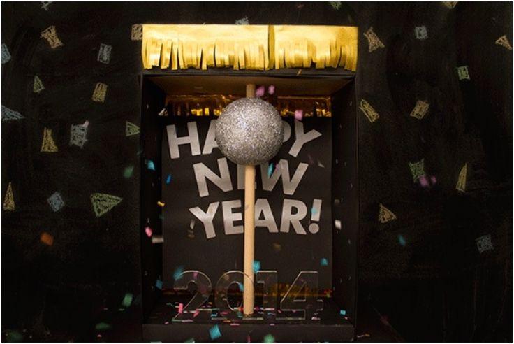Pin By Cristina Figueroa On Clocks New Years Ball New Years Eve Ball Ball Drop