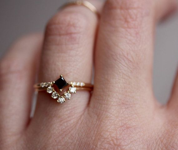 14K Chevron Diamond Wedding Band Mountain Ring Diamond Cluster V