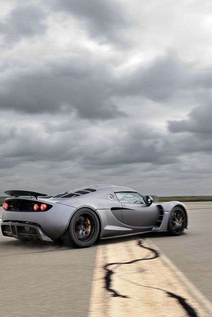 Venom GT unofficial acceleration record of 0-200 miles per hour (mph) in 14.51 seconds as verified by VBox GPS