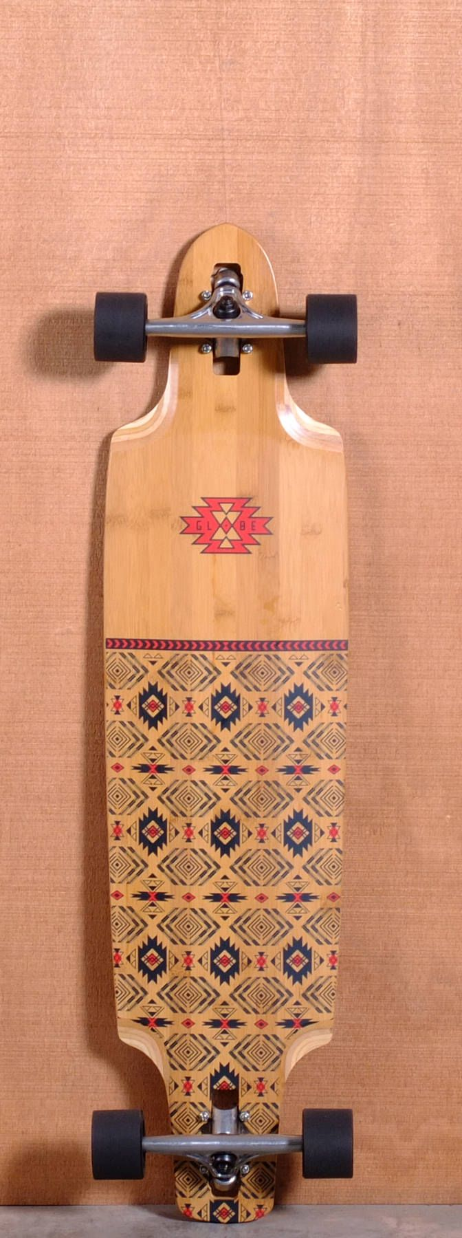 The Globe Spearpoint Bamboo Longboard Complete is designed for Carving, Freeride and Cruising. Ships fully assembled and ready to skate!