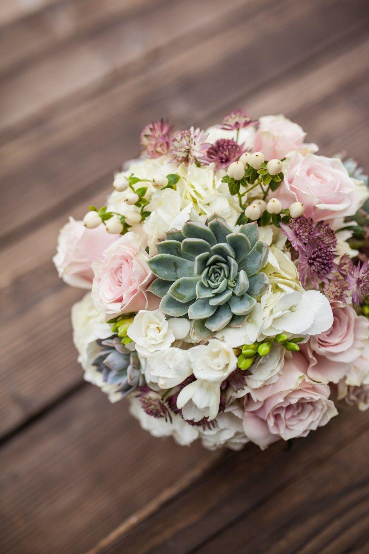 Rainy Phoenix Desert Wedding Wedding bouquets pink