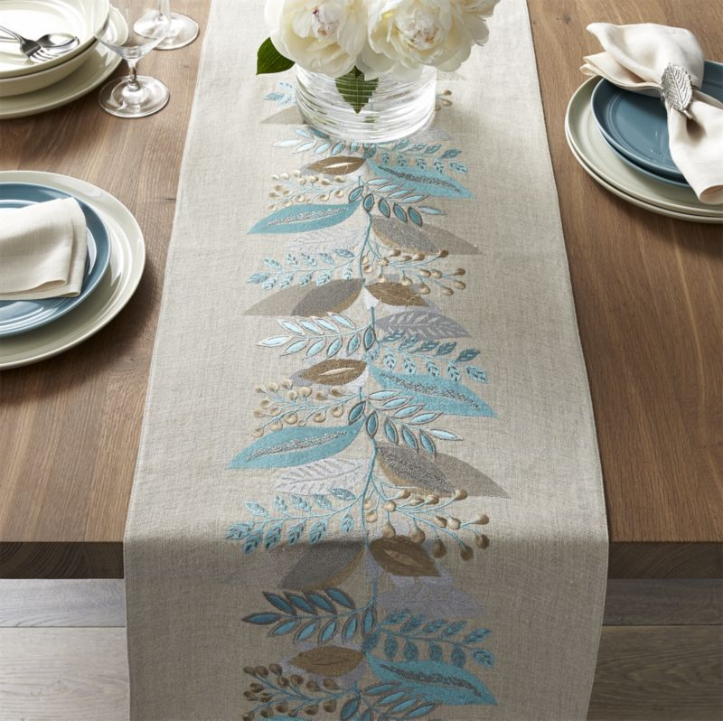 Clara Linen 90 Table Runner Crate And Barrel For The Home