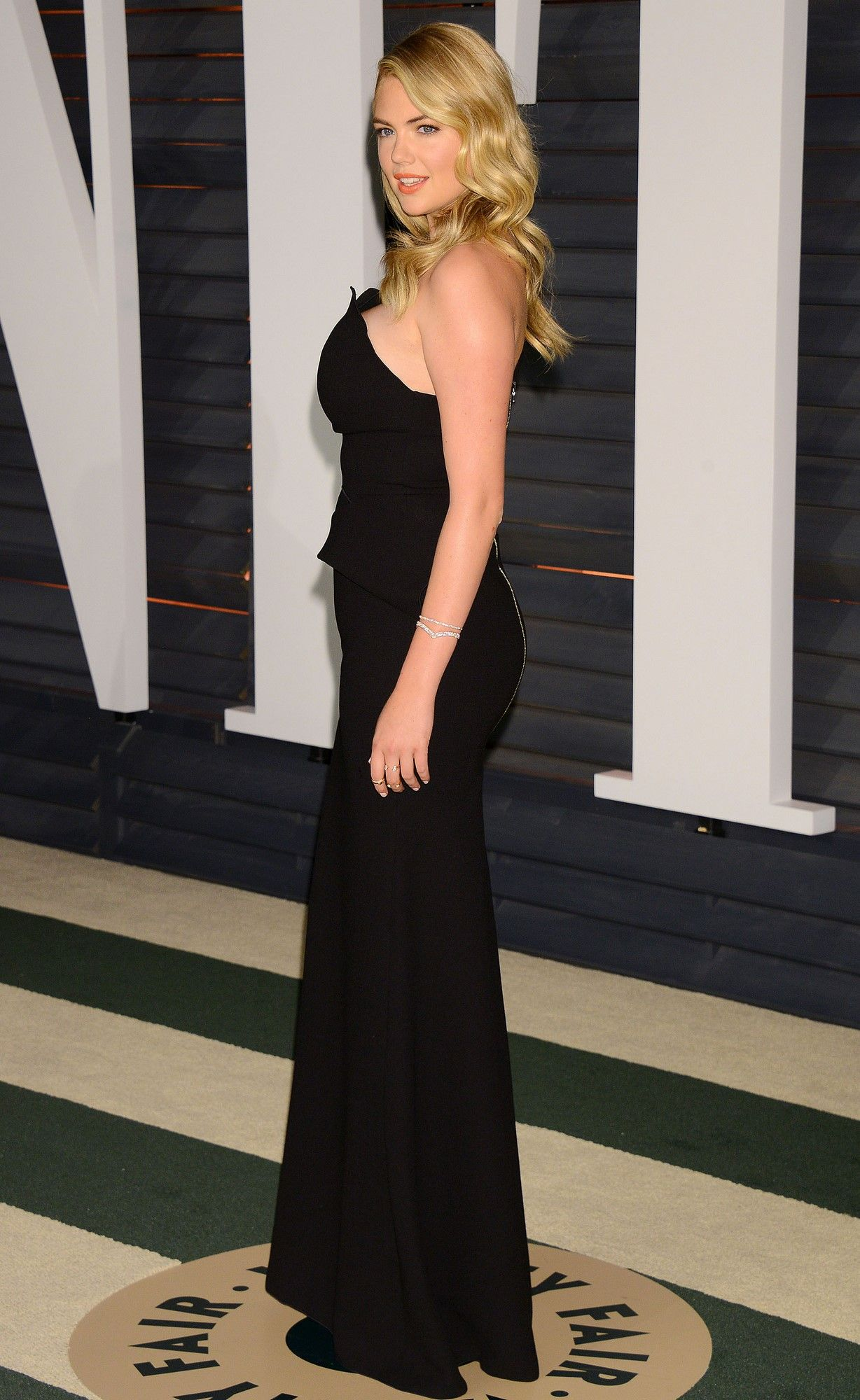 Kate Upton 2015 Vanity Fair Oscar Party