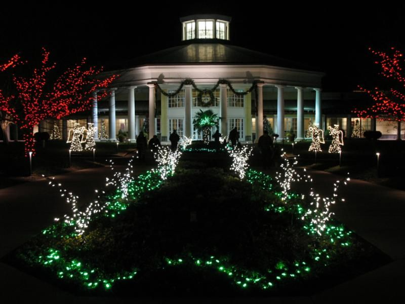 The Best Christmas Lights Display In Charlotte Nc Charlotte Nc Christmas Lights And Buckets
