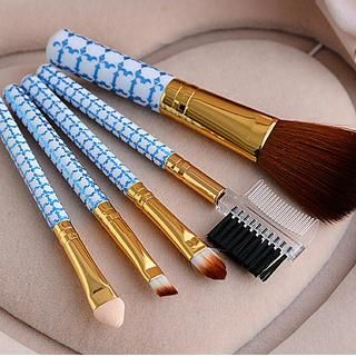 buy 'cuteberry  cosmetic brush set' with free