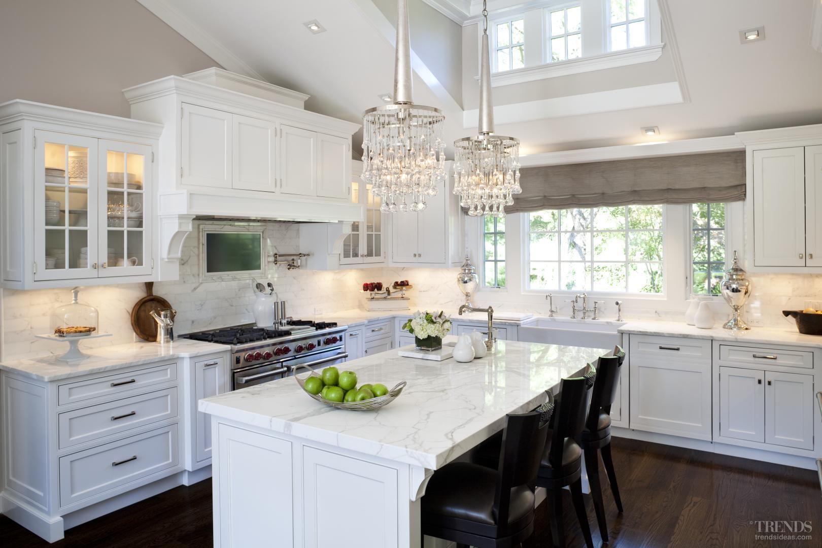 Glamor White Kitchen By Iris Dankner Kitchen Design