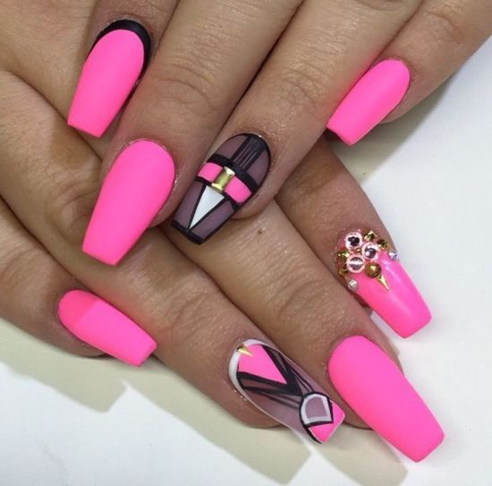 Hot Pink Coffin Nails W Designs Nailed It To The Game Pinterest