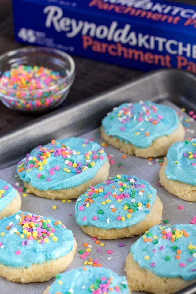 Lofthouse Cookies Sour Cream Sugar Cookies Crazy For Crust Recipe Lofthouse Cookie Recipe Lofthouse Cookies Sour Cream Sugar Cookies
