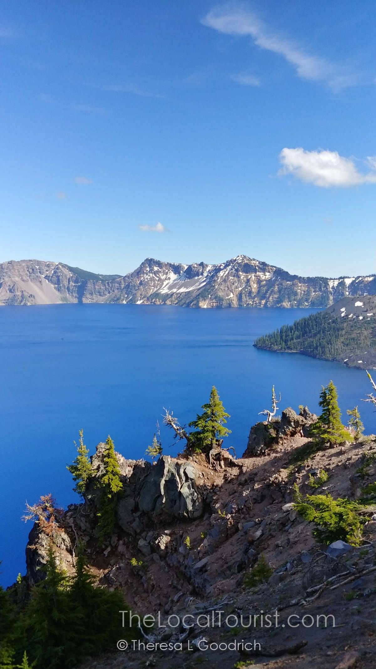 The Stunning, Cerulean Crater Lake National Park #craterlakeoregon The cerulean Crater Lake National Park will take your breath away. | Things to do in Oregon | Things to do near Bend Oregon | National Park Service #craterlakenationalpark