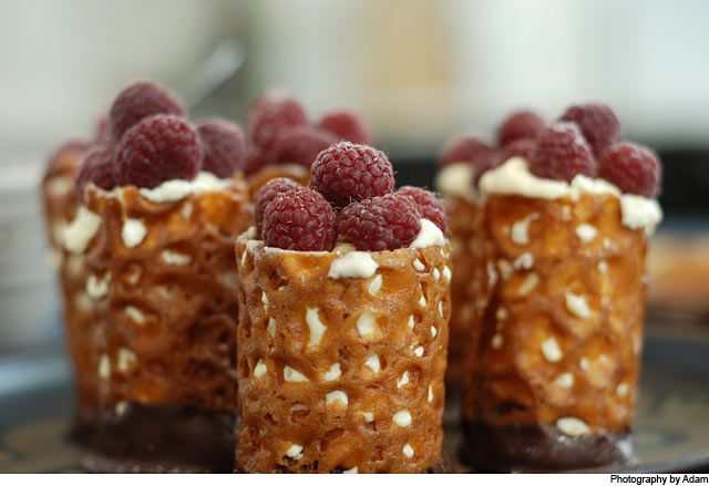 White chocolate mousse and brandy snap baskets « Cooking Blog – Find the best recipes, cooking and food tips at Our Kitchen.