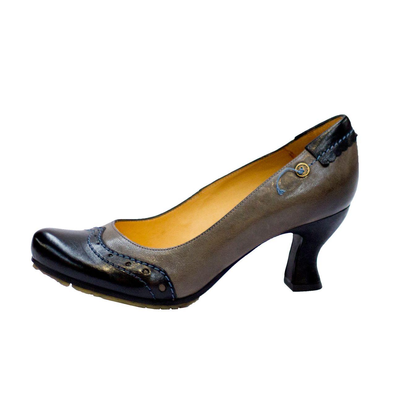 Coleccion Gold Button Heels Kitten Heels Fashion
