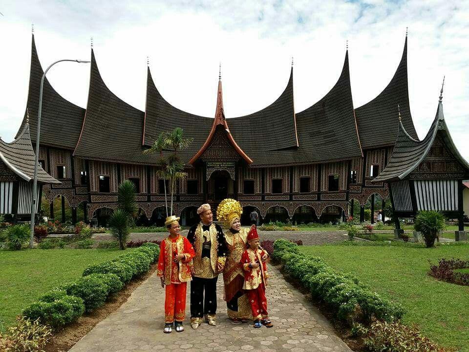 Pusat Dokumentasi Minangkabau Minangkabau Indonesian Wedding West Sumatra