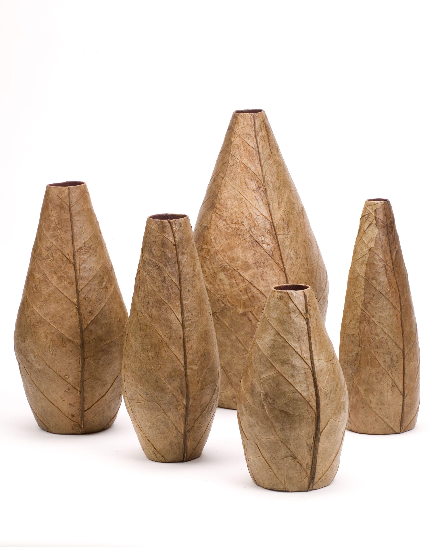 Tobacco Vases Medium: Carnival Jakmel