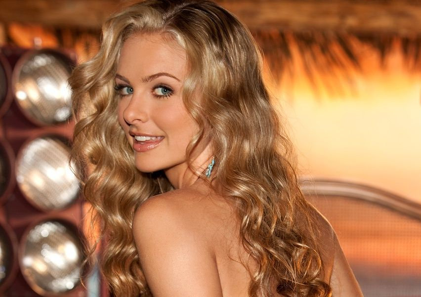 Shanna Marie Mclaughlin Playmate Of The Month For July 2010 Long Hair Styles Hair Styles Beauty
