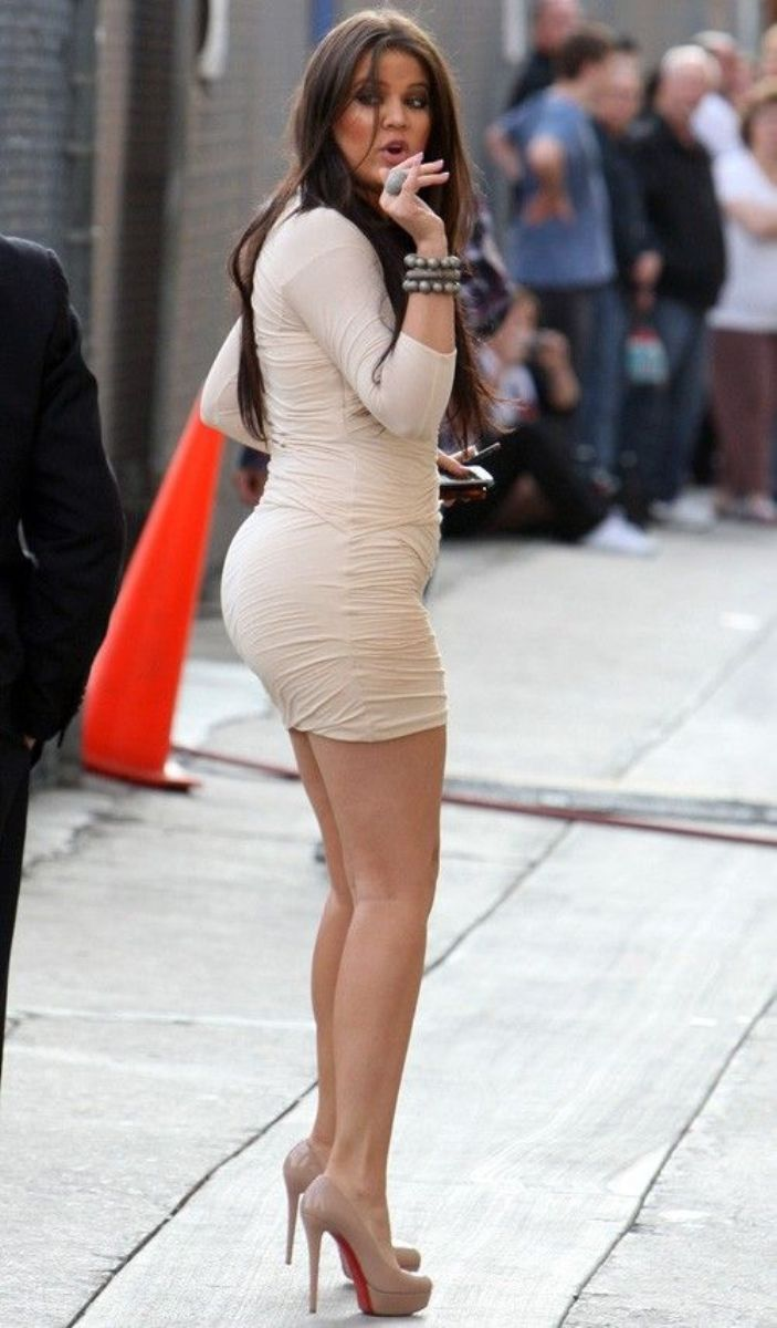 khloe kardashian ass | khloe kardashian big butt in short dress