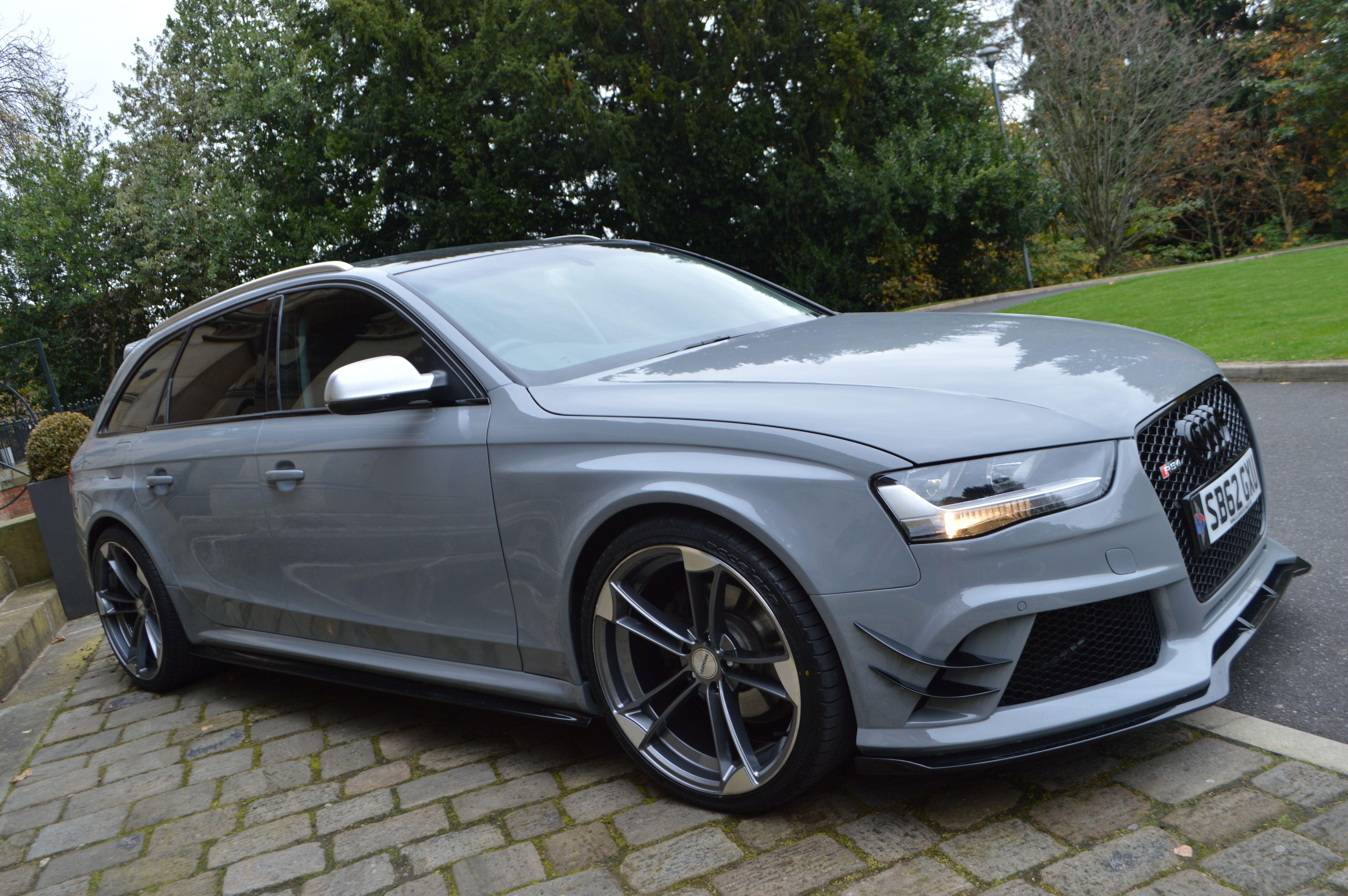 Audi a4 b8 avant to rs4 full body kit