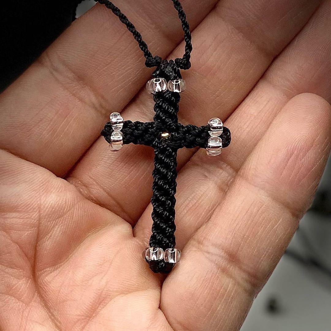 Beaded Cross. #cross #crafts #christianity #cruz