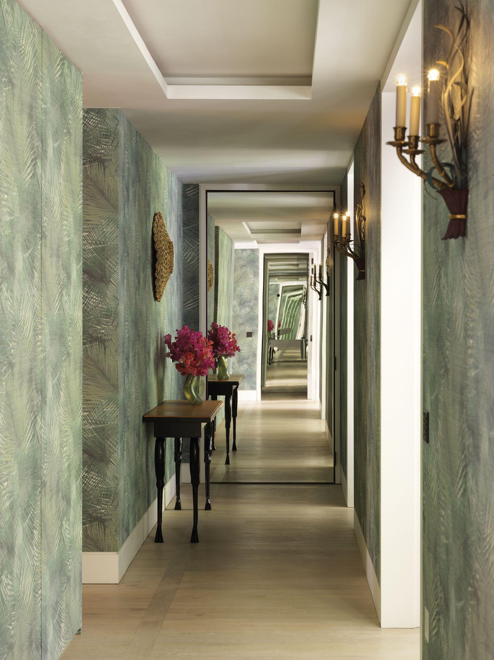Un Piso Con Un Mix De Estética Art Déco Y Toques Orientales Consejos De Diseño De Interiores Pasillos Espejos De Pared