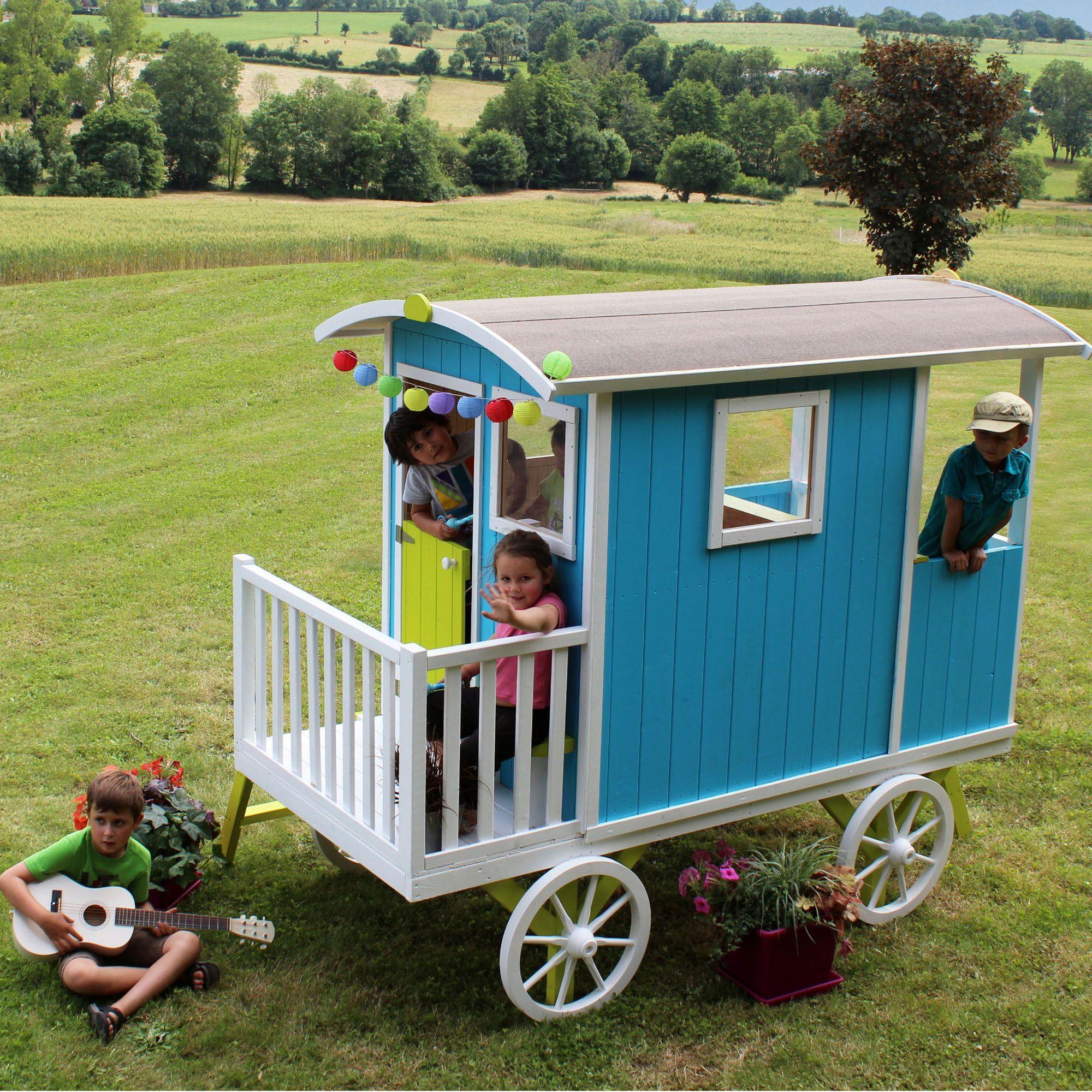 Roulotte en bois brut sur pilotis pour enfant - Carry - Le mobilier ...