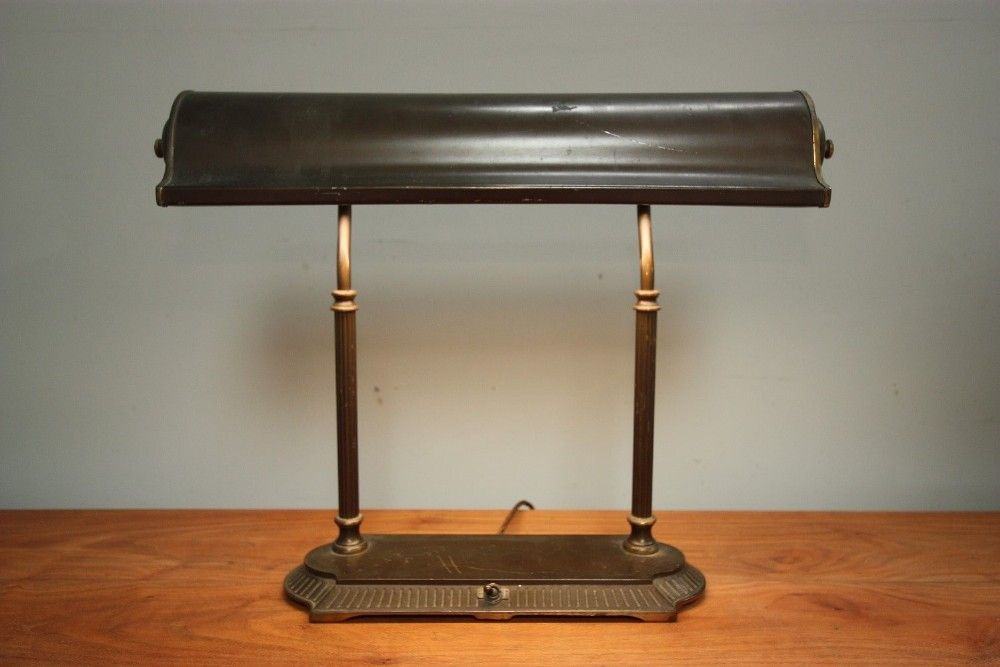 Ordinaire 1930u0027s American Library Desk Lamp.