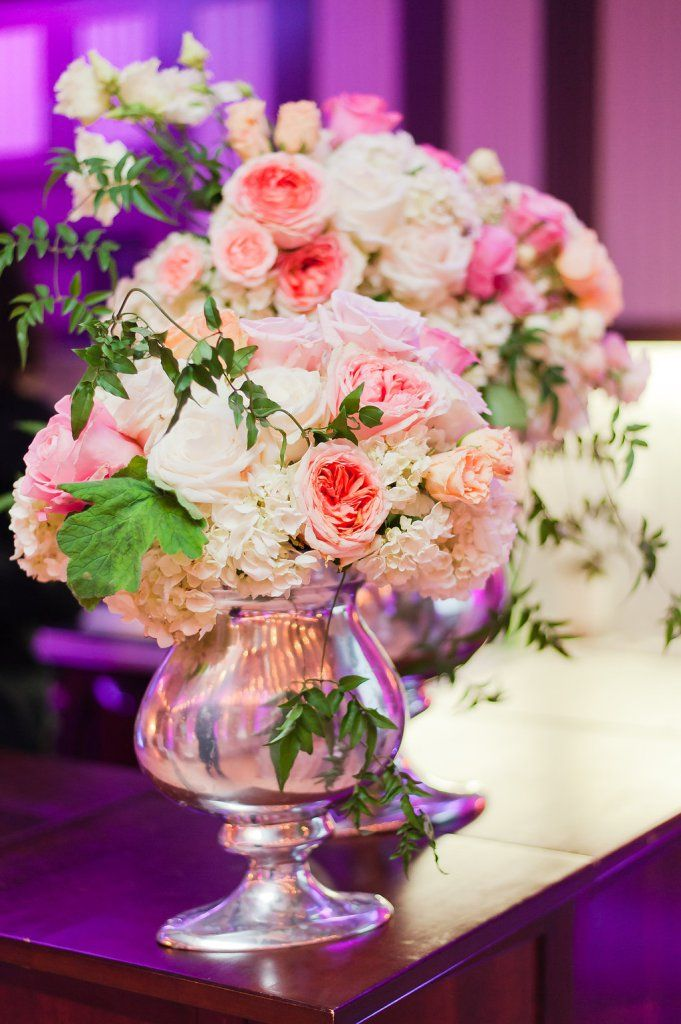 Trends and Tastings 2016 - Aisle Perfect Event: http://aisleperfect.com/2016/01/trends-tastings-recap.html #events #wedding #floral #flowers