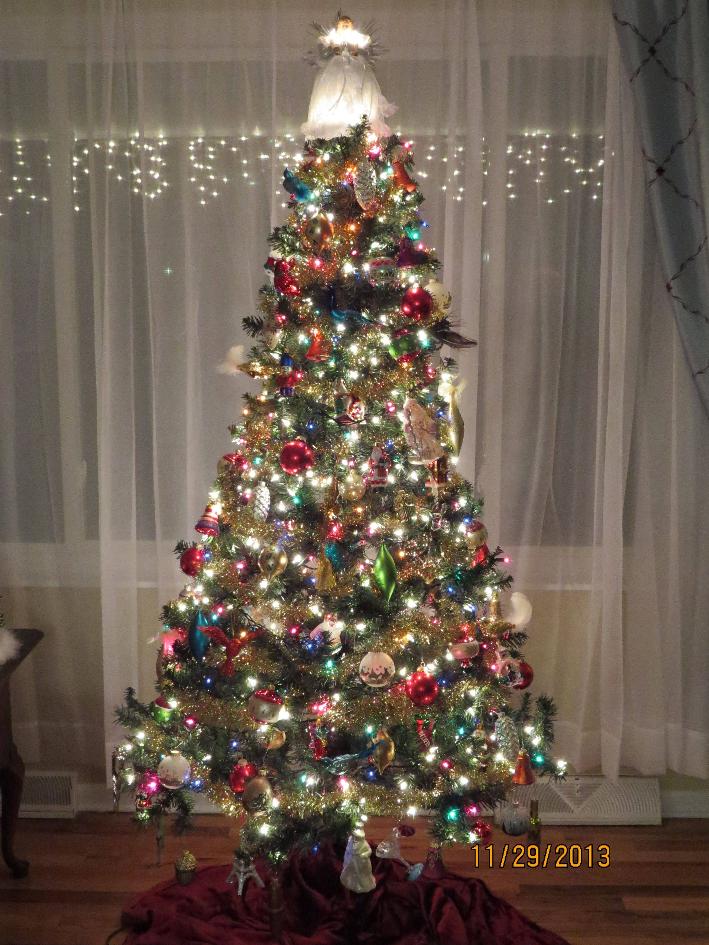 Jewel Colored Christmas Decorations More Image Visit Https H Christmas Tree With Coloured Lights Colorful Christmas Tree Christmas Tree Decorations Diy