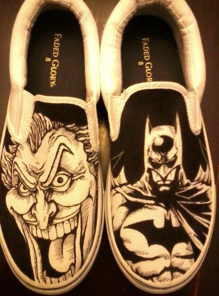 0192a53643dc9c Hand drawn Batman and Joker Shoes by AlzadoCompany on Etsy