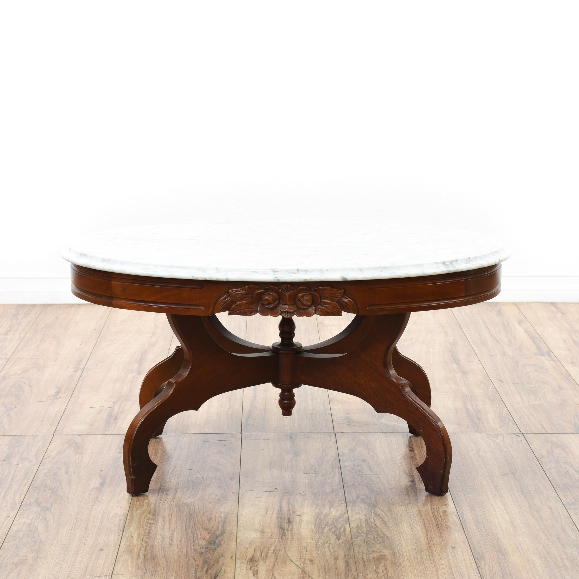 This Victorian Coffee Table Is Featured In A Solid Wood With A Glossy Dark Cherry Finish This Elegant Coffee Table Has An Oval White Marble Marble Top Coffee Table Victorian