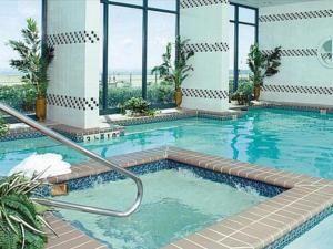 badf517750c0f50e04df2c45e3c92ab3 - Holiday Inn Express Busch Gardens Virginia