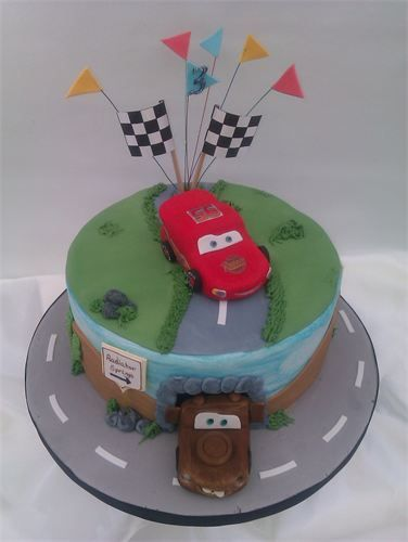 Disney Cars Cake wwwthecraftykitchencouk Childrens Cakes