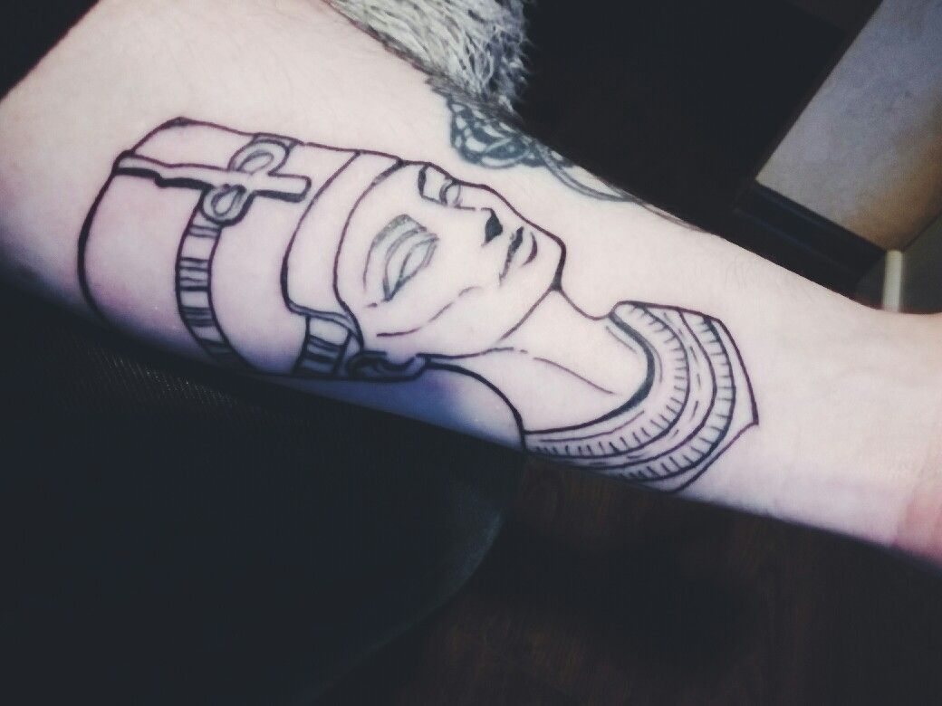 Ancient Head Of Nefretete Outline Tattoo Tattoos Tatuaż