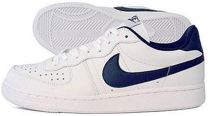 Nike Legend | SneakerFiles | Zapatos
