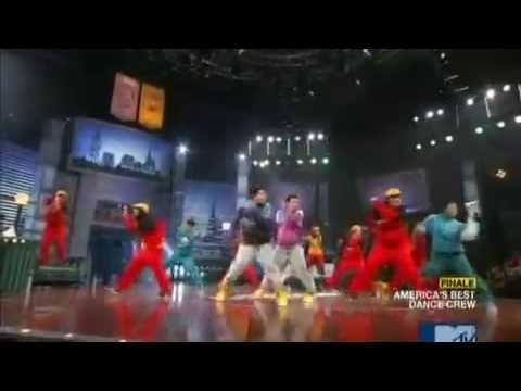 ABDC BeatFreakz And QuestCrew Performing To Madcon
