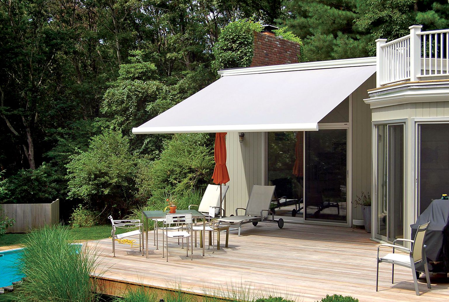 Awnings Are No Longer A Thing Of The Past Even Contemporary Homes Can Find An Awning That Enhances Your Living Space As Retractable Awning Awning Patio Awning
