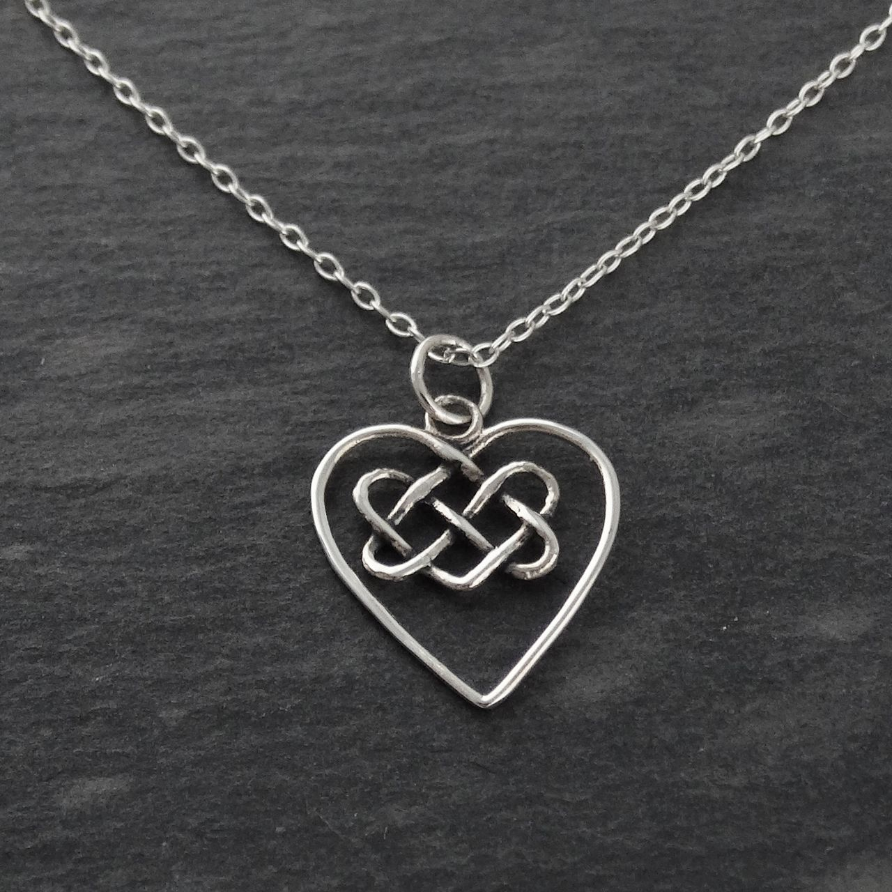 Celtic knot heart necklace 925 sterling silver adornos celtic knot heart necklace 925 sterling silver aloadofball Images