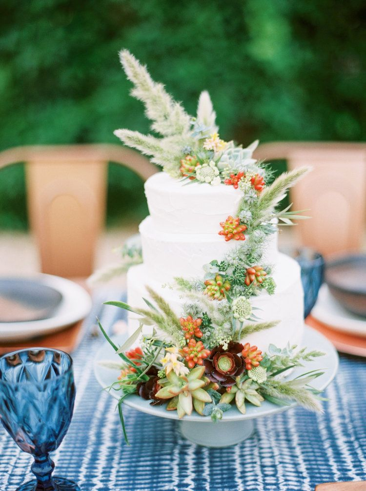 CakeBloom Succulent Wedding Cake Sonoma Wine Country Modern Americana Inspiration Photo By Emily March