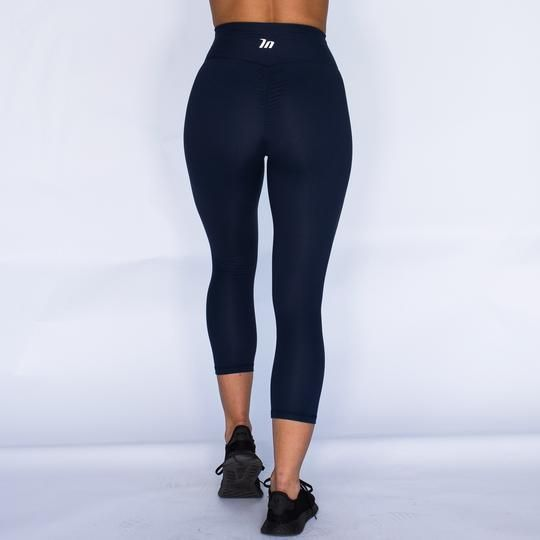 e561ef41b6a0e 7/8 High Waist Scrunch Leggings - NAVYFit: True to size Model:wearing