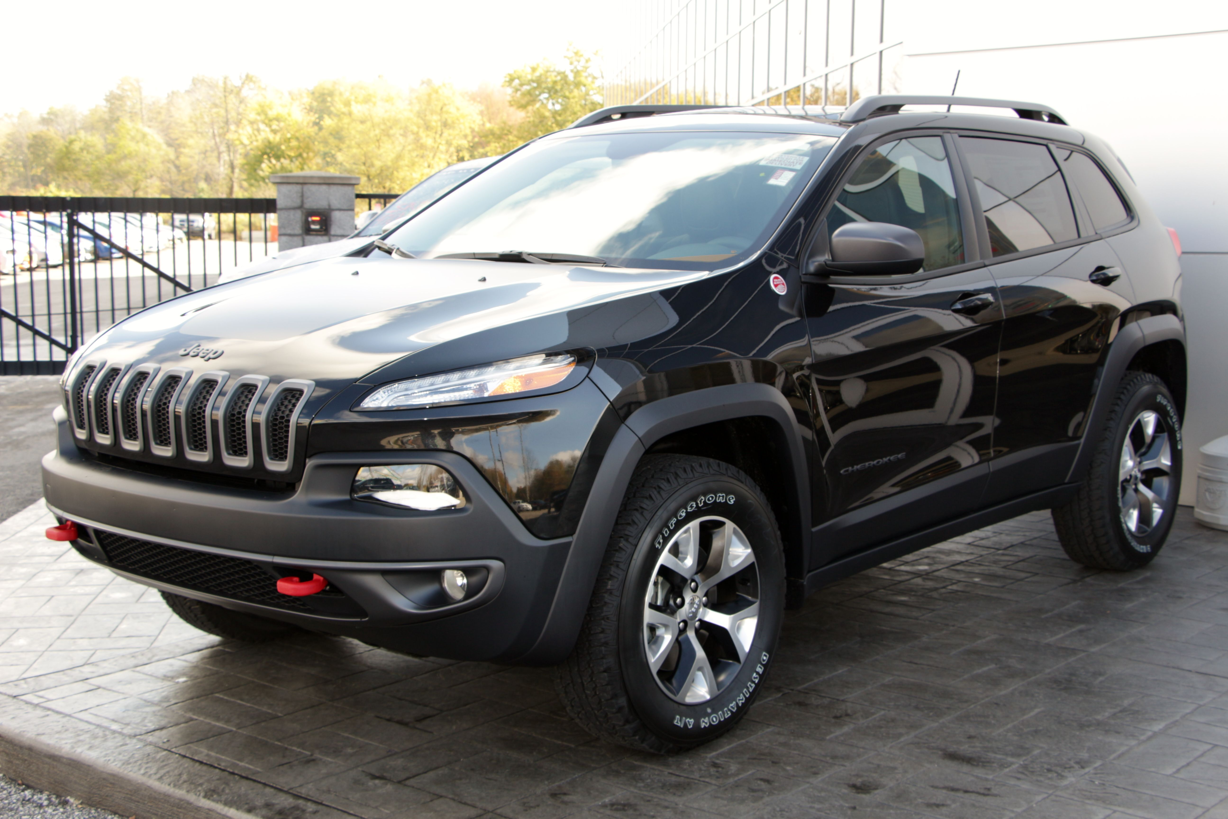 Trailhawk leather seats in the all new 2014 jeep cherokee 2014 jeep cherokee pinterest cherokee jeeps and dream cars