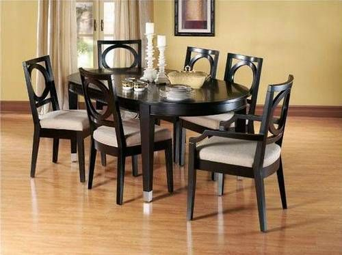 Types And Styles Of Dining Room Tables That Will Fall In Love With Oval Glass Dining Room Table Glass Dining Room Table Dining Room Console Table