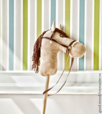 Лошадка на палке  (2)